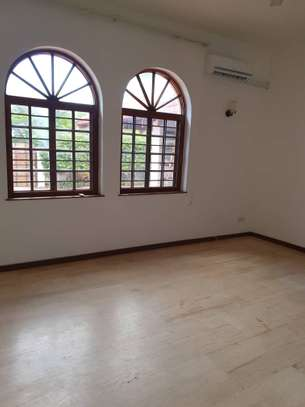 4 Bed Emabassy  House at Masaki $10000pm image 12