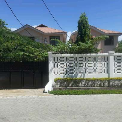 villas are for rent at mbezi beach cool neighbour hood with high security image 1