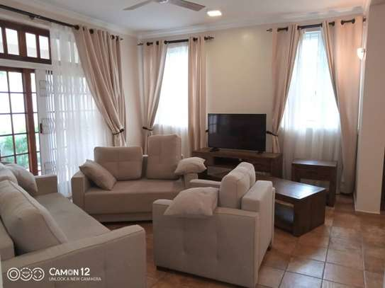4 Bdrm Town House at Oysterbay image 15