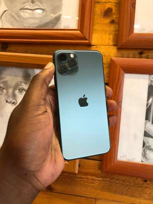 iphone 11 pro 256GB (Dual) image 2