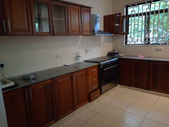3 BEDROOMS HOUSE FOR RENT AT OYSTERBAY image 4