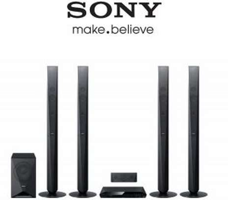 SONY HOME THEATRE DVD Home Cinema System With Bluetooth® MODEL: DAV-DZ950