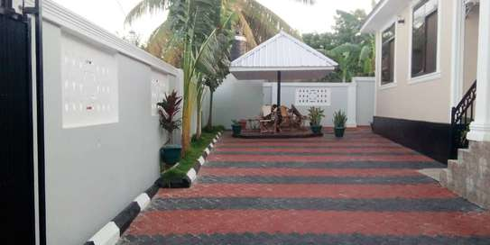 3 bed room house for sale at madale near colea college image 7