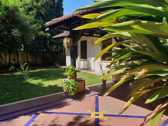 4 Bedrooms House With A Large Guest Wing For Rent in Masaki image 15