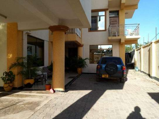 2 bedrooms apartment at mikocheni regently