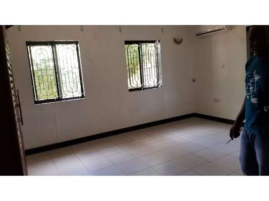 3bed a stand alone at ada estate available image 4
