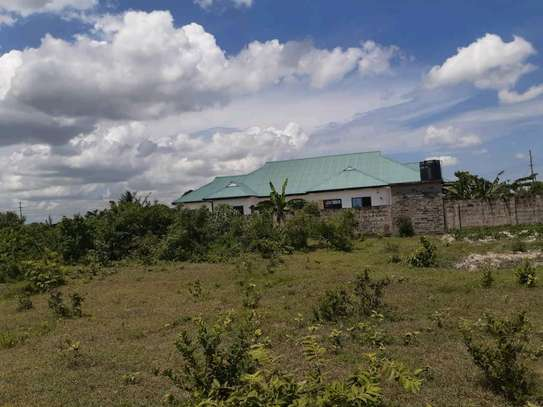 1800 SQM. Plot with Title Deed going cheap at Chanika/Buyuni image 2