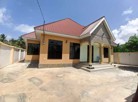 HOUSE FOR SALE AT KIGAMBONI image 1