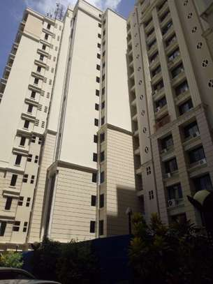 Nicely 3bedroom apartment to let in upanga $ 700.