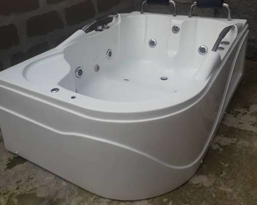 Bathtub image 1
