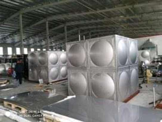 STAINLESS STEEL TANKS 304 OR 316 MATERIALS image 3