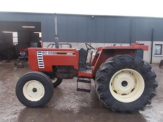 1995 Fiat 80 66 2WD TRACTOR image 3