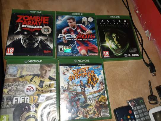 Ps4,Ps3 and Xbox CD Sale image 3