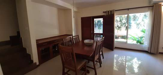 Beautiful Quality Home In Oysterbay For Rent image 14