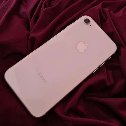 iPhone 8 64gb Sliver image 1