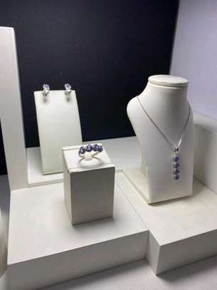 Silver 925 with Tanzanite stone set