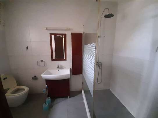3 bedrooms apartment at upanga image 8