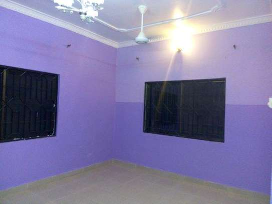 3bed shared house at msasani tsh 700,000 image 9
