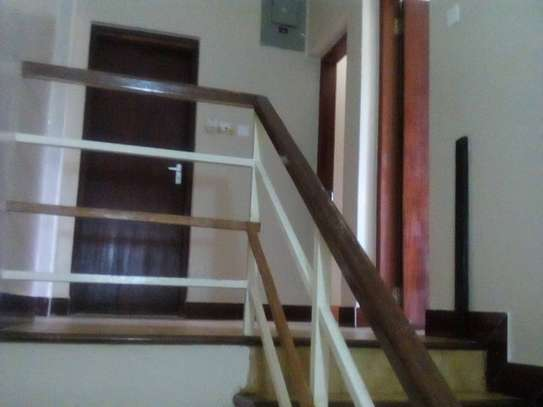 3 bed room house for rent at masaki image 4