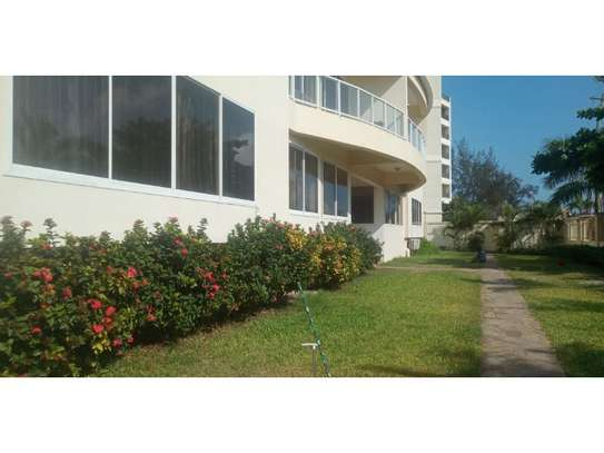 2 bed room apartment for rent at masaki toure drive $1000pm . image 11