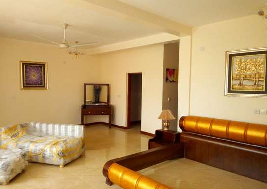 3 Bedroom Fully Furnished Villa House in Mbezi Beach image 6