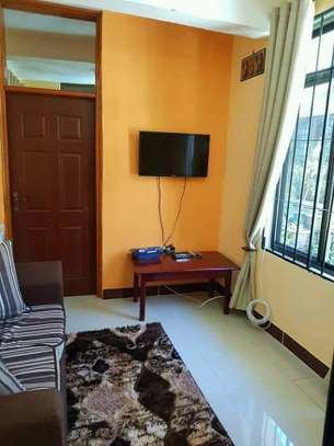 1 bed room house for rent  house is fully ferniture at mikocheni kwa warioba image 4