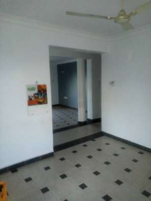 Three  bedrooms apartment for rent image 13