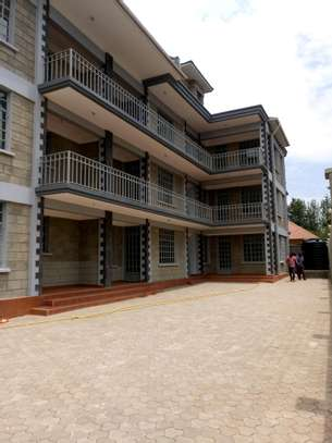 BRAND NEW 2BEDROOMS APPARTMENTS AT NGARAMTONI/BY PASS image 1