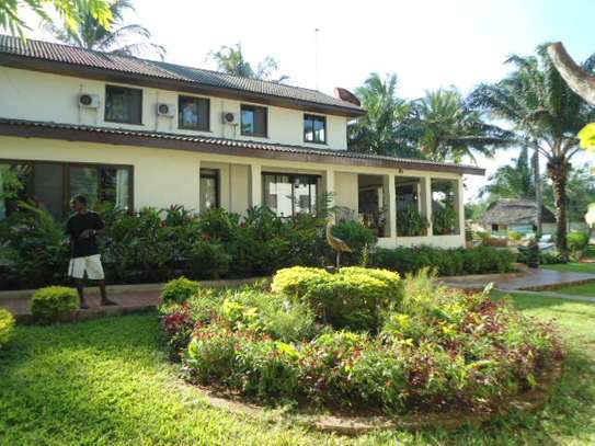 4bed house for sale at mbezi beach 2800sqm area with swiming pool image 13