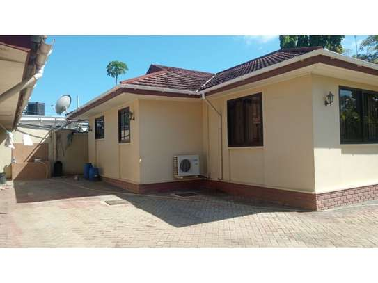 4bed house at mikocheni $1000pm image 5