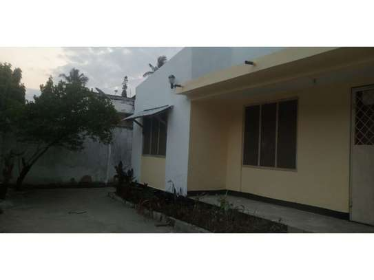 4bed house at mikocheni b cheap dont miss it image 3