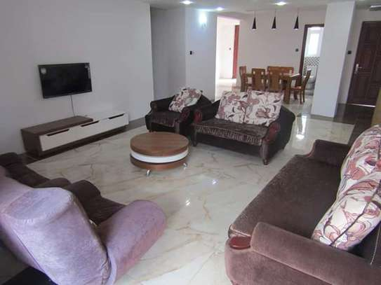 4 Bedrooms Full Furnished Villa House in Masaki image 3