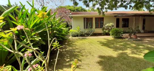 3 Bedrooms House With A Pool In Masaki For Rent image 3