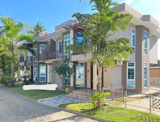 VILLAS  AT MBEZI BEACH ONLY 2 IN A COMPOUND WITH A SWIMMING POOL IS NOW AVAILABLE FOR RENT image 1