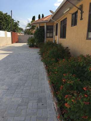 4 Bedroom House For Rent In TEGETA image 2