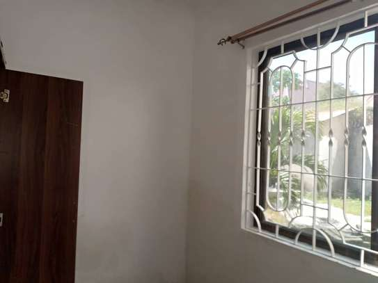 3 bed room big excutive apartment for  rent at mikocheni image 2