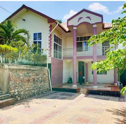 4bed house for at madale wazo mln 4
