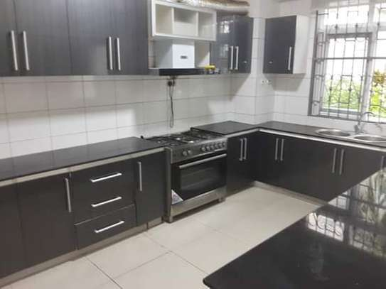 4 Bdrm Luxury Full Furnished Ocean View TownHouse in Masaki image 4