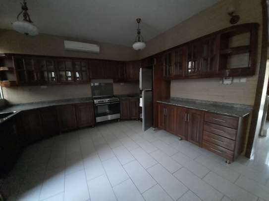 3 BEDROOMS CLASSIC VILLAH FOR RENT image 11