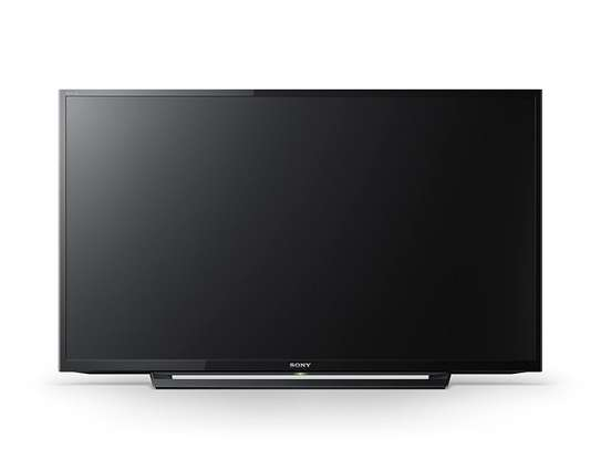 Sony Bravia 32-Inch Full HD TV