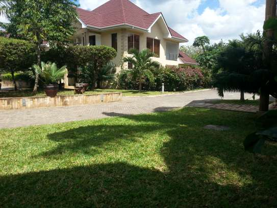4 bedrooms Villa in Gated Compound In Oysterbay For Rent image 14