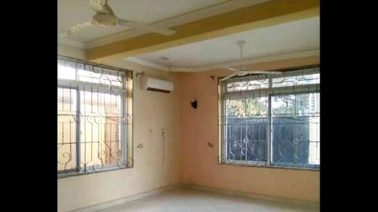 4 bdrms Clean,Spacious Home/Office at Kinondoni. image 2