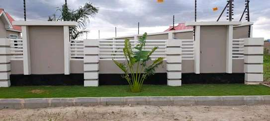 House for sale at dodoma Ilazo, 900 sq.m and good looking image 2
