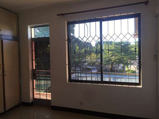 2 Bedroom Apartment in Oysterbay image 6