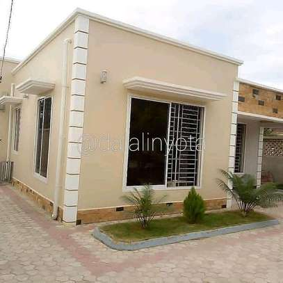 3 BDRM APPARTMENTS AT BOKO BEACH image 2