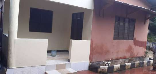 3 bed room house for rent tsh 600000 at mikocheni kwa riz wani image 5