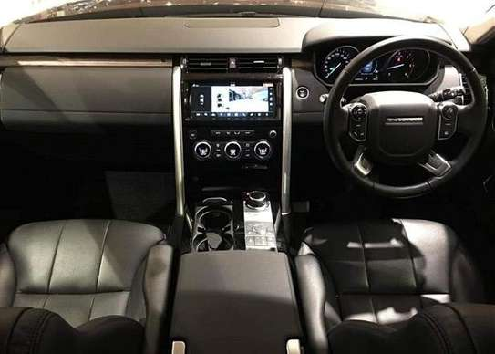 2017 Land Rover DISCOVERY USD 51000 CNF DAR PORT image 3