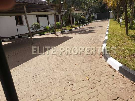 Elegant 4 bedroom stand alone for rent at Masaki image 5