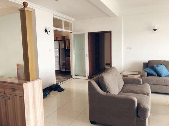 3 Br Large and Beautiful Apartment Near French School Masaki For Rent image 10
