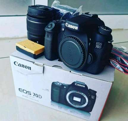 canon 70 D with 18~55 image 1